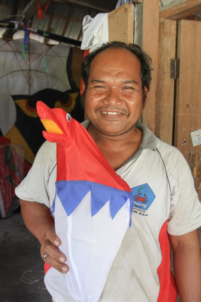 Kitemaker Wayan and his kite, Sanur, Bali